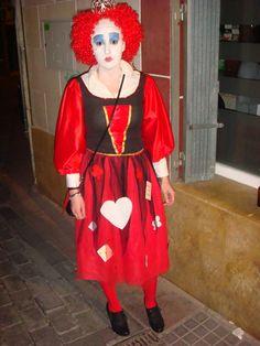Disfraz realizado a mano. Reina Roja, de Alicia en el País de las Maravillas