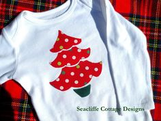 onesie # applique onesies Christmas 2012 @ Seacliffe Cottage Designs Christmas Tree applique - use pic as inspiration