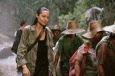 """#Géographie """"Sans frontière"""" 2003 de Martin Campbell avec Angelina Jolie, Clive Owen sur @mycineplus Emotion"""