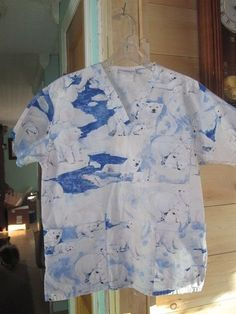 Women's Polar Bear Scrub Top Size SMALL by Peaches 100% cotton