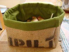 How to Upcycle Coffee Sac Burlap into a Fabric Box-tutorial Burlap Projects, Burlap Crafts, Sewing Projects, Diy Projects, Diy Crafts, Burlap Coffee Bags, Coffee Sacks, Alpillera Ideas, Craft Ideas