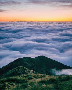 Cloudscape, New Zealand photo by @motionsicknessstudio •