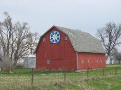 """Texas Daisy"" Barn Quilt – Adaza, IA"
