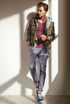 Men's Blue Low Top Sneakers, Grey Chinos, Grey Hoodie, Burgundy Crew-neck T-shirt, and Olive Military Jacket Mens Fashion Blog, Fashion Moda, Fashion Trends, Men's Fashion, Fashion Menswear, Fashion Updates, Fashion Images, Fashion Spring, Fashion Styles