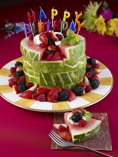carved watermelon birthday cake - brilliant! I've been debating how to do a gluten + sugar + artificial color free cake for a wee birthday. This is perfect!