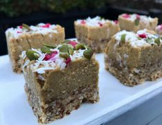 Raw Ginger Slice by 'MegsandSop' | Oh my goodness gracious me ... these creamy, gingery, slices of goodness, are heavenly. They are unbelievable!!