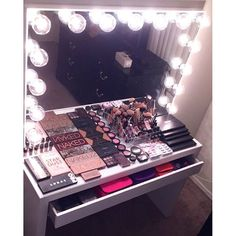 OUR BIGGEST YET! Just like the pros! Our exclusive Hollywood Glow Vanity Mirror's beautiful virtual frameless design screams glamour with a luxurious white or silver gloss finish. The Hollywood-style bulb layout provides even lighting perfect for makeup application at any setting, home…