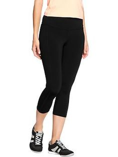e0bbe3f22de49 Need a size medium. Women s Old Navy Active Compression Capris