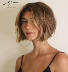 80 Bob Hairstyles To Give You All The Short Hair Inspiration - Hairstyles Trends Choppy Bob Hairstyles, Pretty Hairstyles, Boho Hairstyles, Hairstyles Videos, Everyday Hairstyles, Medium Hair Styles, Curly Hair Styles, Great Hair, Hair Day