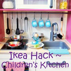 Create your own play kitchen with this simple Ikea hack! Easy Diy Crafts, Crafts For Kids, Diy Furniture Projects, Diy Projects, Childrens Kitchens, Hacks, Cool Baby Stuff, Kid Stuff, Toddler Fun