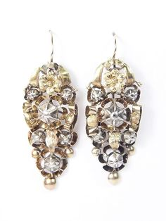 FABULOUS ANTIQUE EARLY VICTORIAN ENGLISH GOLD SILVER DIAMOND DROP EARRINGS c1840