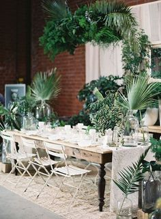 Tropical Tablescape Ideas For Your Wedding | Weddingbells