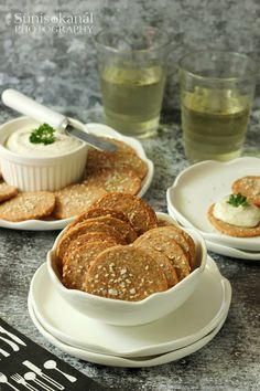 Sünis kanál: Teljes kiőrlésű, szezámmagos kréker Bagel, Pancakes, Bread, Breakfast, Food, Diy, Morning Coffee, Bricolage, Brot