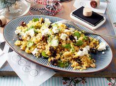 Unser beliebtes Rezept für Warmer Couscous-Salat mit Ziegenkäse und mehr als 55.000 weitere kostenlose Rezepte auf LECKER.de.