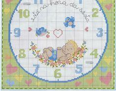 El gráfico quedará espectacular en los dormitorios infantiles. Un bonito reloj lleno de pequeños detalles encantadores y maravillosos. ...