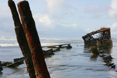 Fort Stevens State Park: Shipwreck of Peter Iredale 2008-ish