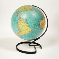 Globe terrestre Taride de 1971.
