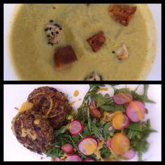 Crema de brocoli con daditos de tofu con sésamo negro y hamburguesitas vegetales con ensalada de rucula, rabanitos y pipas de girasol. El blog de Aida Artiles.