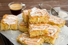Cake Chocolate Sheet - Free photo on Mavl Dessert Sans Gluten, Gluten Free Desserts, No Bake Desserts, Food Cakes, No Bake Lemon Bars Recipe, Coconut Sheet Cakes, Hot Milk Cake, Plats Healthy, Protein Brownies