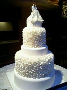 White on white wedding cake seen @ #tse2013 #wedding event | ELISAD.com