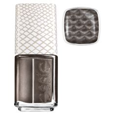 Snakeskin magnetic nail polish by Essie - has anyone tried this? You hold a magnet over your wet nail and it creates the design.  That's just crazy!