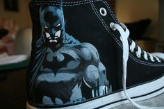 Jim Lee's version of Batman which I drew on my friend Matt's ( ) converse. I'll be doing the Joker on the other shoe soon Batman Converse Batman Converse, Batman Shoes, Converse All Star, Converse Shoes, Painted Vans, Painted Shoes, Hand Painted, Cute Shoes, Me Too Shoes