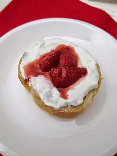 Roasted Strawberry & Goat Cheese Crostini