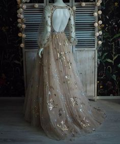 Wedding season's coming up, might as well be the most beautiful… – Arsenic In Shell Ball Dresses, Ball Gowns, Prom Dresses, Wedding Dresses, Gown Wedding, Mini Dresses, Fantasy Gowns, Fairytale Dress, Beautiful Gowns