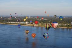 Natchez, Mississippi | Great Mississippi River Balloon Race in Natchez, MS | Flickr - Photo ...