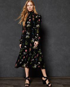 4467369279e1 32 Best Fall 2018 images   Designer dresses, Designer gowns, Dress black