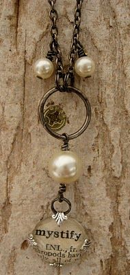 precious vintage style - love the look of the last crystal