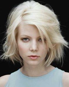 Top 20 Short Blonde Haircuts-5