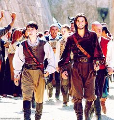 Caspian and Edmund... it always bothered me how in the Prince Caspian movie Caspian had a spanish accent and then Voyage comes along and he all of the sudden has an English one... excuse me? Oh well