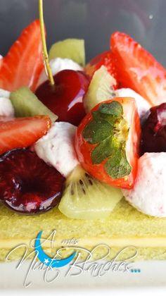 Tarte Framboises Crème Brûlée - A mes nuits blanches Cop Cake, Fruit Salad, Creme, Dessert, Strawberry, Inspiration, Lemon Cream, Raspberries, Sleepless Nights