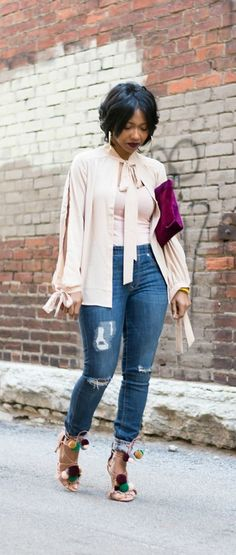 Pom Pom Sandals, Express Jeans, Bow top, How to wear denim, Indianapolis style blog, Indiana Fashion blog, Sweenee style
