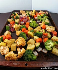 Emily Bites - Weight Watchers Friendly Recipes: Balsamic Roasted Vegetables  All you need is a baking sheet, an oven, some olive oil and seasoning and you can transform your favorite veggies into a tray of warm, caramelized deliciousness and only 89 cal per serve!!
