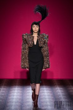 Schiaparelli Herbst/Winter 2014-2015 - Couture - http://www.flip-zone.de/fashion/couture-1/fashion-houses/schiaparelli-4793 - ©PixelFormula