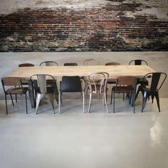 Table, House Design, Furniture, Lunch Room, Dinning Table, Home Decor, Minimalist Kitchen, Industrial Living, Home Deco