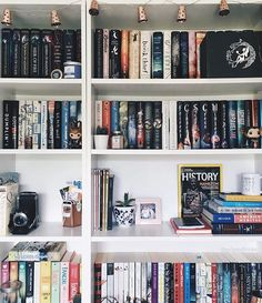 WEBSTA @ pollyandbooks - I think now is the perfect time for a #sundayshelfie ♡.I did a little bit of rearranging yesterday, it might not look that different but even the smallest little change makes me happy .Does anyone else rearrange their shelves all the time or is it just me?! I hope you're all okay lovelies How have you been spending your day?