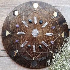 C R Y ST A L S // I just love crystals especially when they're laid in a grid; it gives them more power. The more leaders that come together for a cause the more powerful we become. Crystal Altar, Crystal Magic, Crystal Grid, Crystal Healing, Crystal Room, Wiccan, Magick, Witchcraft, Crystals Minerals