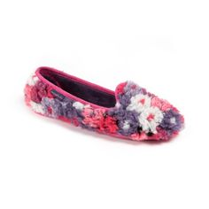WAAAAY too much floral fluffiness for one ridicuous slipper, Moshulu!  Mock Turtle