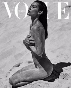 Cover with Bella Hadid July 2018 of MX based magazine Vogue Mexico from Condé Nast Publications including details. Vogue Magazine Covers, Fashion Magazine Cover, Fashion Cover, Vogue Covers, Look Fashion, Classic Fashion, Fashion Shoes, Fashion Beauty, Fashion Dresses