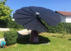 Smartflower POP: paneles fotovoltaicos domésticos con seguimiento solar. Una empresa austríaca tiene en el mercado un sistema innovador de paneles fotovoltaicos, que tiene una gran eficacia, y que además se instala con facilidad. El Smartflower despliega en forma de abanico un módulo de paneles solares que alcanzan una superficie de captación de 18m2, con capacidad para generar hasta 6.200kWh, y que además tiene un sistema de seguimiento solar.  #Energíasrenovables,