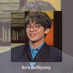 Kim Taehyung, Bts Bangtan Boy, Bts Jimin, Foto Bts, Bts Photo, Taehyung Photoshoot, Kpop Gifs, Bts Hoodie, V Video