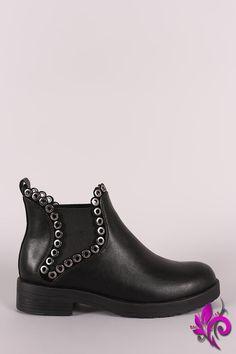 a37362d57408 Wild Diva Lounge Grommet Accent Moto Chelsea Ankle Boots Muži V Kůži