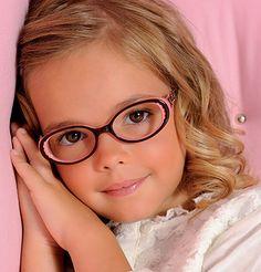 7b7bfca2c6ef3 8 meilleures images du tableau Lunettes pour enfants