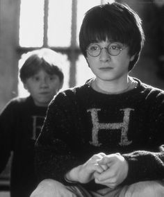 Daniel Radcliffe as Harry Potter & Rupert Grint as Ron Weasley - Harry Potter and the Philosopher's Stone Harry James Potter, Mundo Harry Potter, Harry Potter Universal, Harry Potter World, Harry Harry, Hogwarts, Ron Weasley, Hermione Granger, Wallpaper Harry Potter