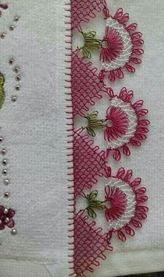 This Pin was discovered by HUZ Knitting Blogs, Knitting Patterns, Crochet Patterns, Crochet Unique, Love Crochet, Needle Tatting, Needle Lace, Crochet Borders, Crochet Stitches