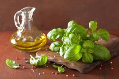 How to Preserve Herbs in Oil