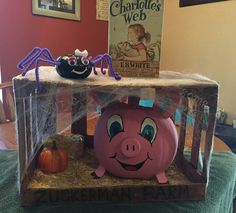 Charolette's Web Storybook pumpkin Halloween Books, Halloween Items, Halloween Pumpkins, Fall Halloween, Halloween Crafts, Halloween Decorations, Happy Halloween, Pumpkin Decorating Contest, Pumpkin Contest